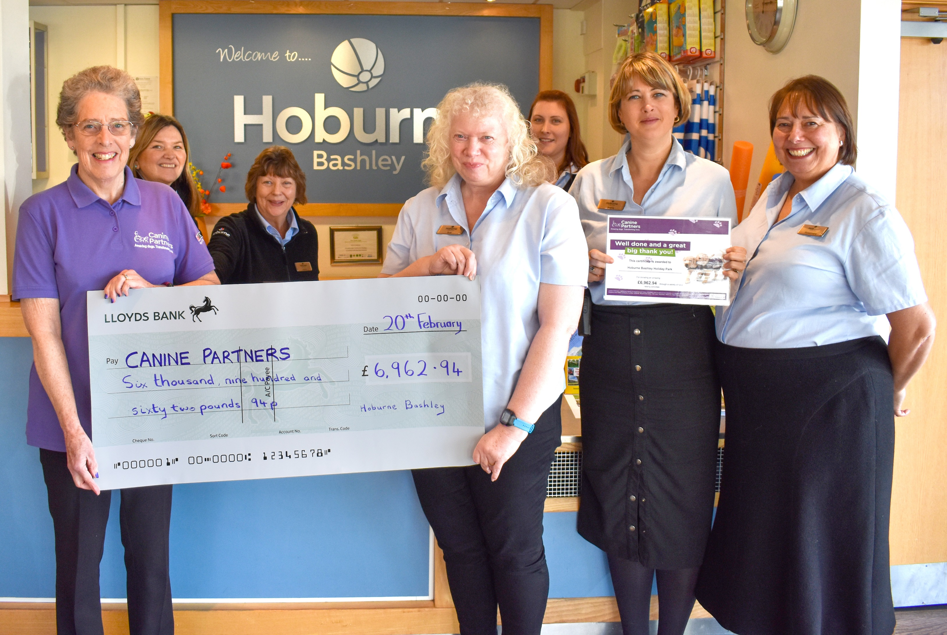 Paws up for Hoburne Bashley as the park raises thousands for Canine Partners